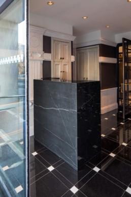 Hallway & Lobby Interior Design After Covid, doorman desks